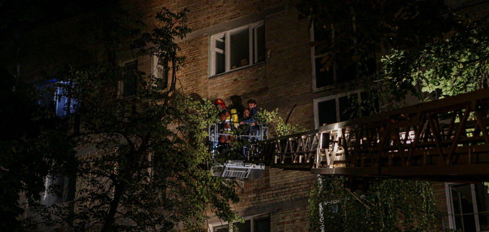 У Києві горів багатоповерховий будинок