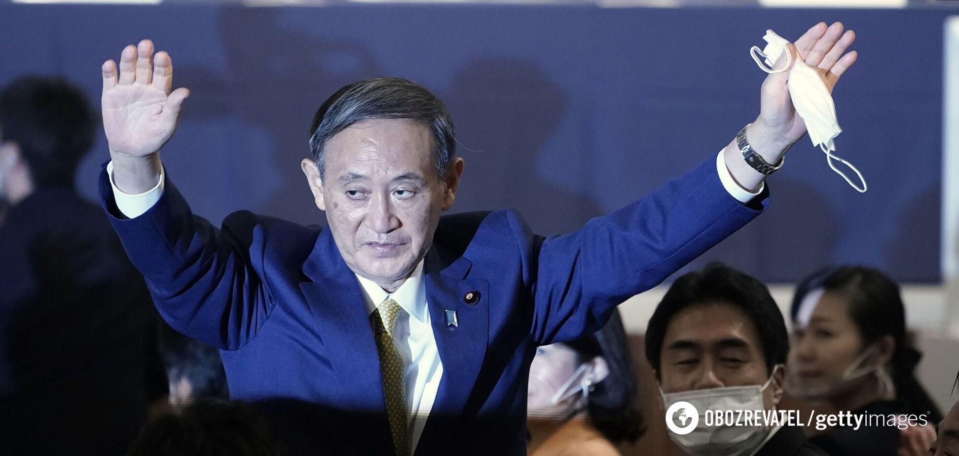 Новим главою керівної партії Японії обрано 71-річного Есіхіде Суга