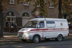 В Днепре авто сбило девочку-подростка на 'зебре'. Фото с места