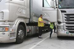 Украинцев на дорогах стали штрафовать вдвое больше: топ 5 нарушителей
