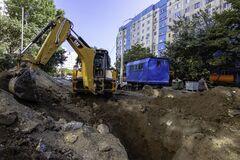 В Днепре на Мониторной завершается строительство ливневой канализации
