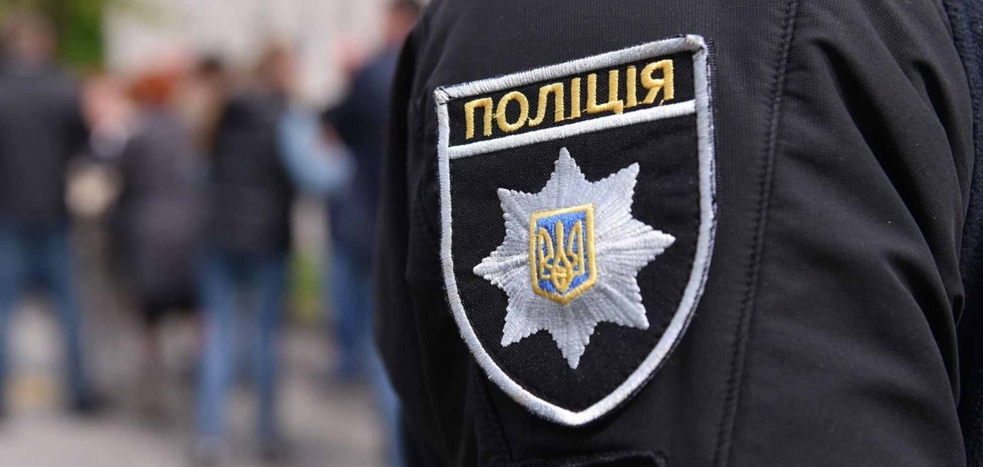 На Дніпропетровщині патрульний катував людину під час затримання. Фото