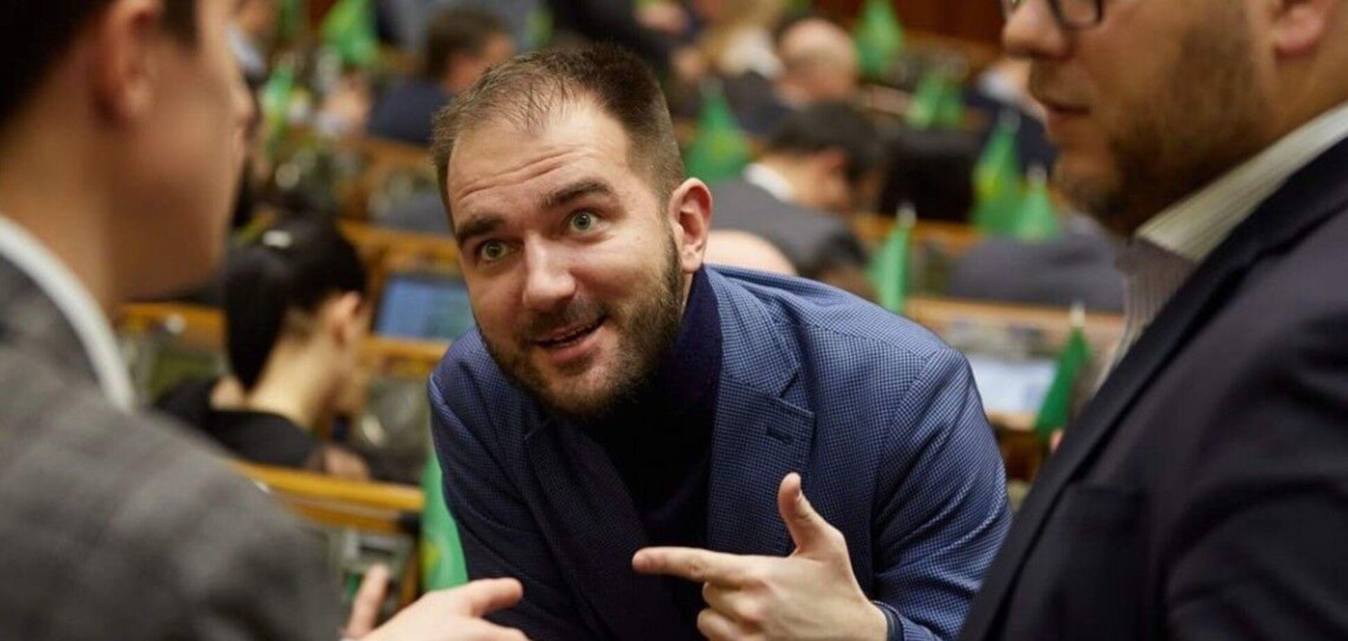 Юрченко написав заяву про вихід з фракції, але не передав її
