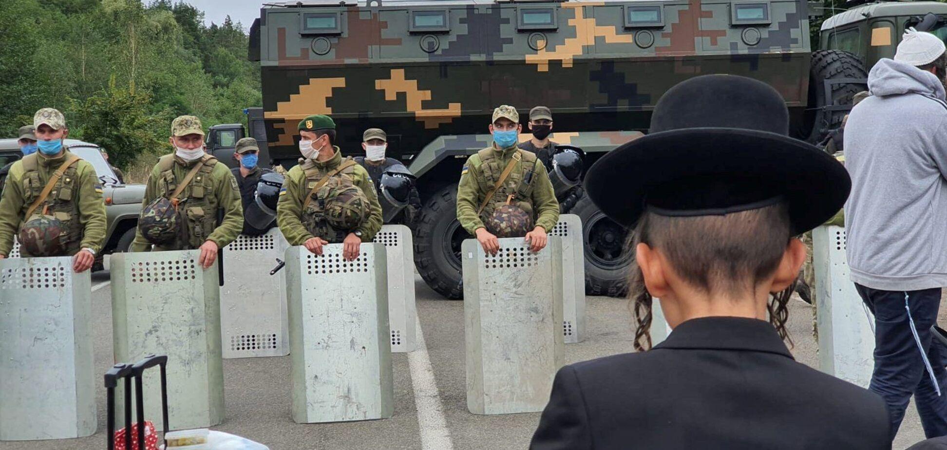 ОПУ обратился к властям Беларуси из-за хасидов на границе