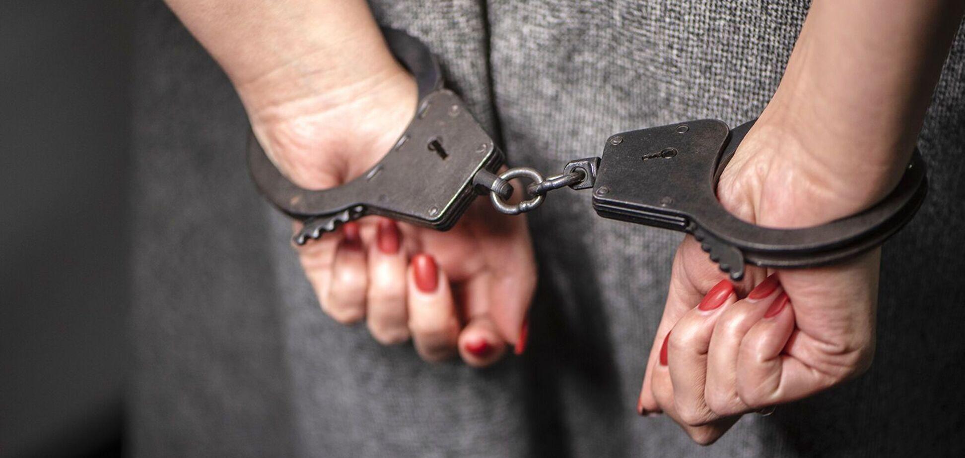 На Днепропетровщине женщина ''под кайфом'' и с психотропами ездила по городу. Источник: Газета.Ру