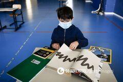 В школах и детсадах Украины нет главной защиты от COVID-19, – эпидемиолог