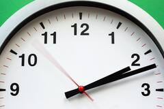 Перевод часов на зимнее время: стрелки нужно будет перевести на один час назад