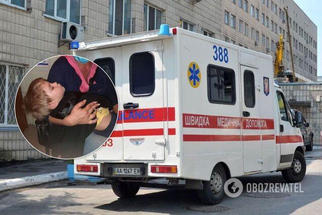 В Одесі мати побила 2-річну дитину на очах у перехожих: хлопчика забрала швидка. Фото