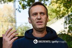 Навальный стал на ноги и рассказал о самочувствии. Фото