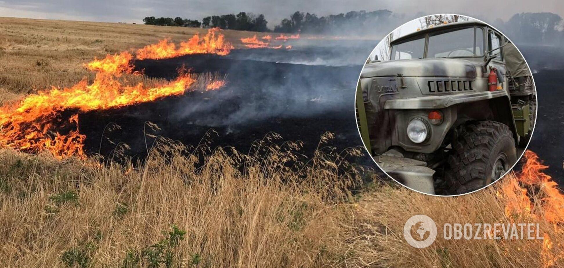 На Луганщині згоріла військова техніка