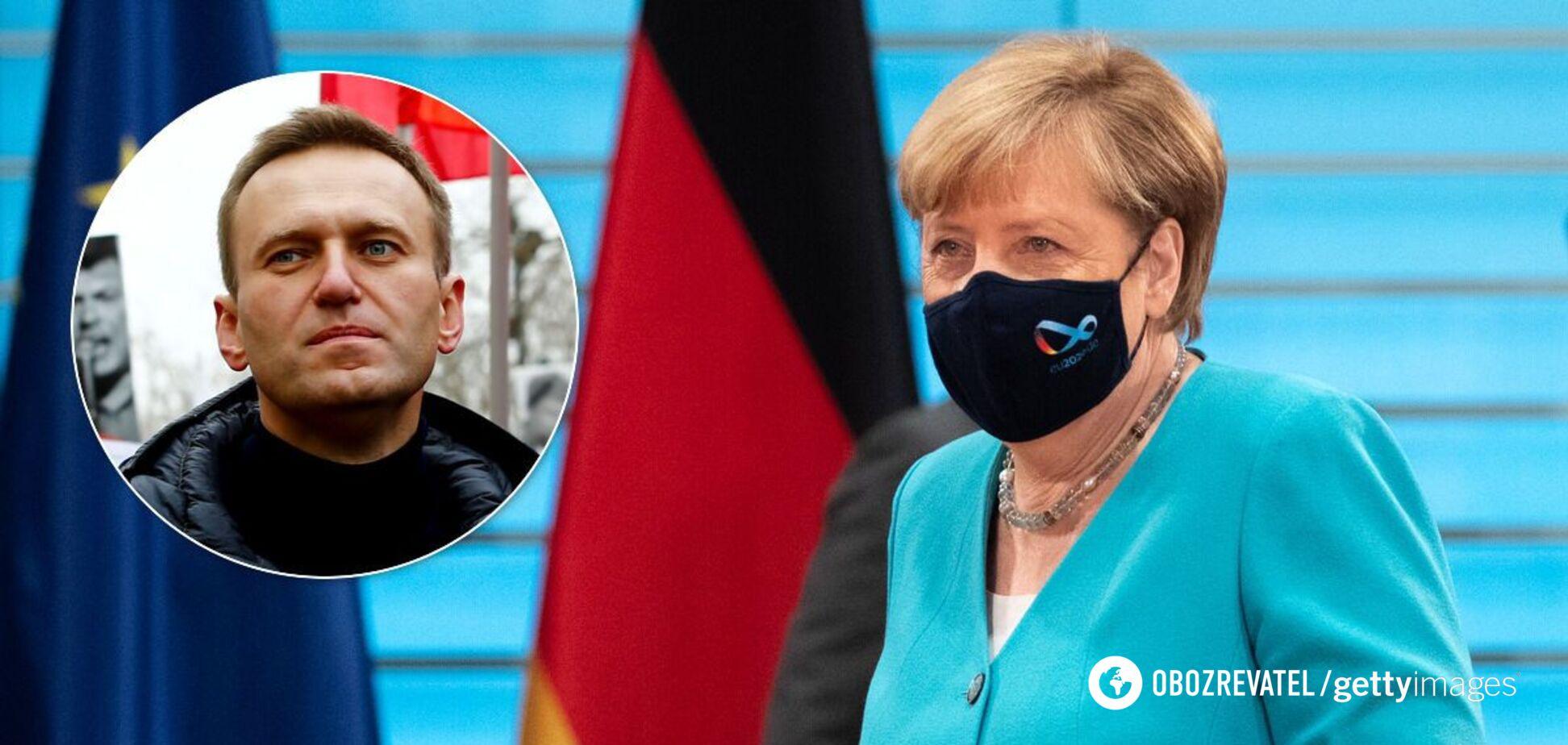 Меркель: Навальному хотели закрыть рот