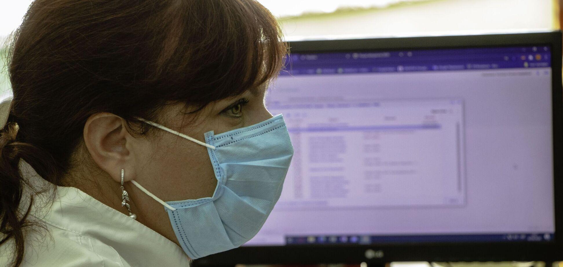 Лікарі Дніпра першими в Україні видають електронні рецепти
