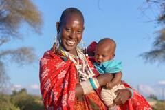 Стало известно, почему танзанийские женщины ходят лысые
