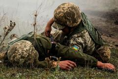 В Днепр срочно эвакуировали бойца ВСУ с тяжелым ранением