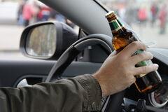 Пьяный депутат сбил девушек
