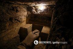 В Египте раскопали древние саркофаги