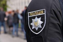 На Днепропетровщине банда годами терроризировала фермеров. Фото задержания
