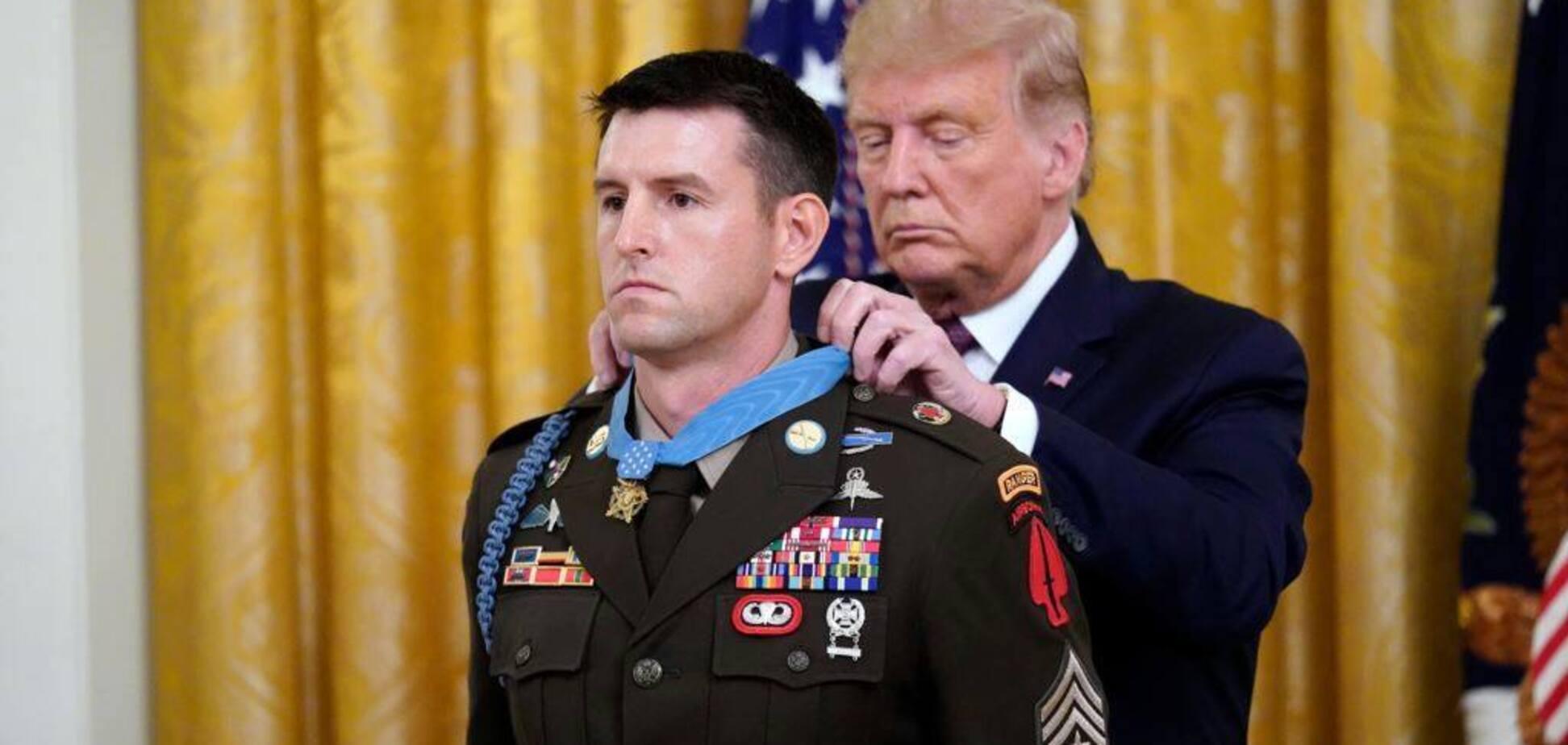 Как получить Медаль Почета? Подвиг и карьера сержант-майора армии США