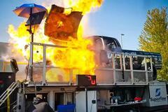Взрыв 3000-сильного двигателя автомобиля засняли на видео