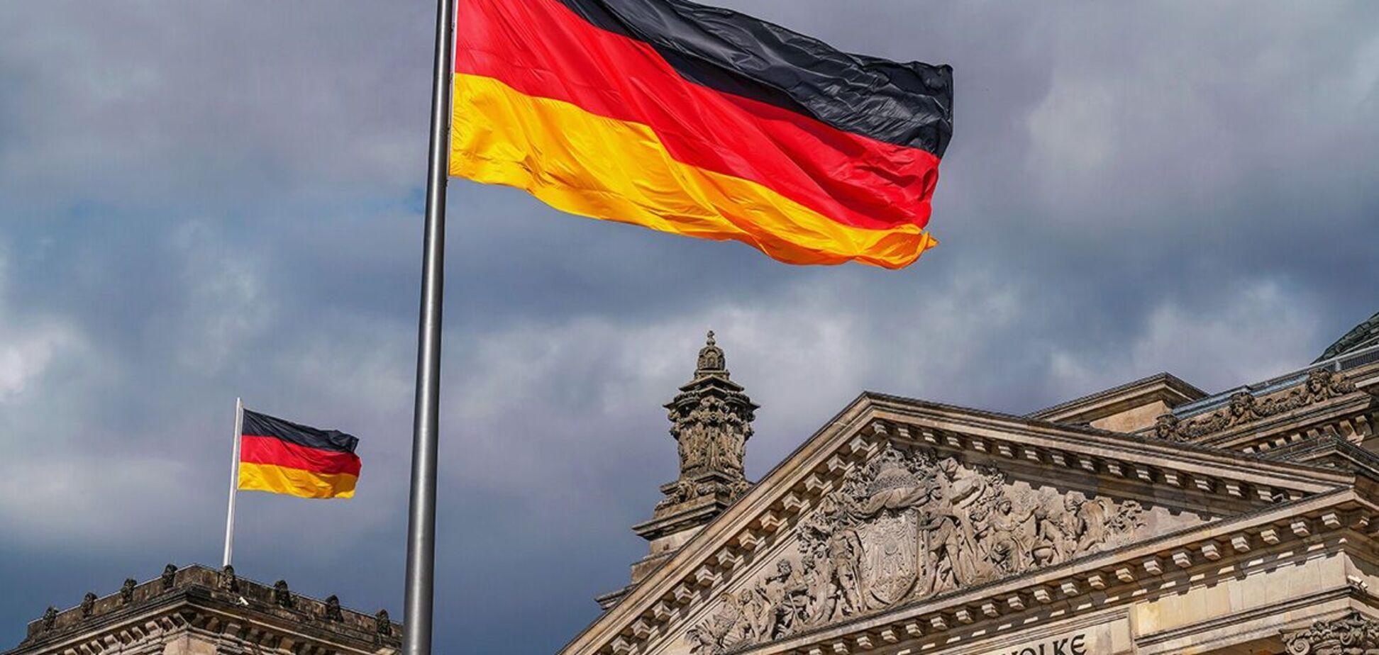 В Бундестаг вызвали саперов из-за подозрительной посылки
