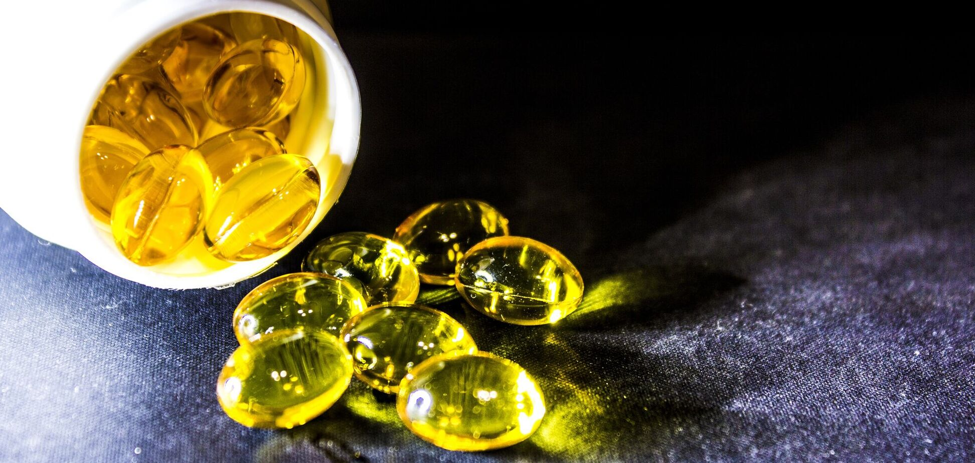 Большое количество Омега-3 содержит рыбий жир