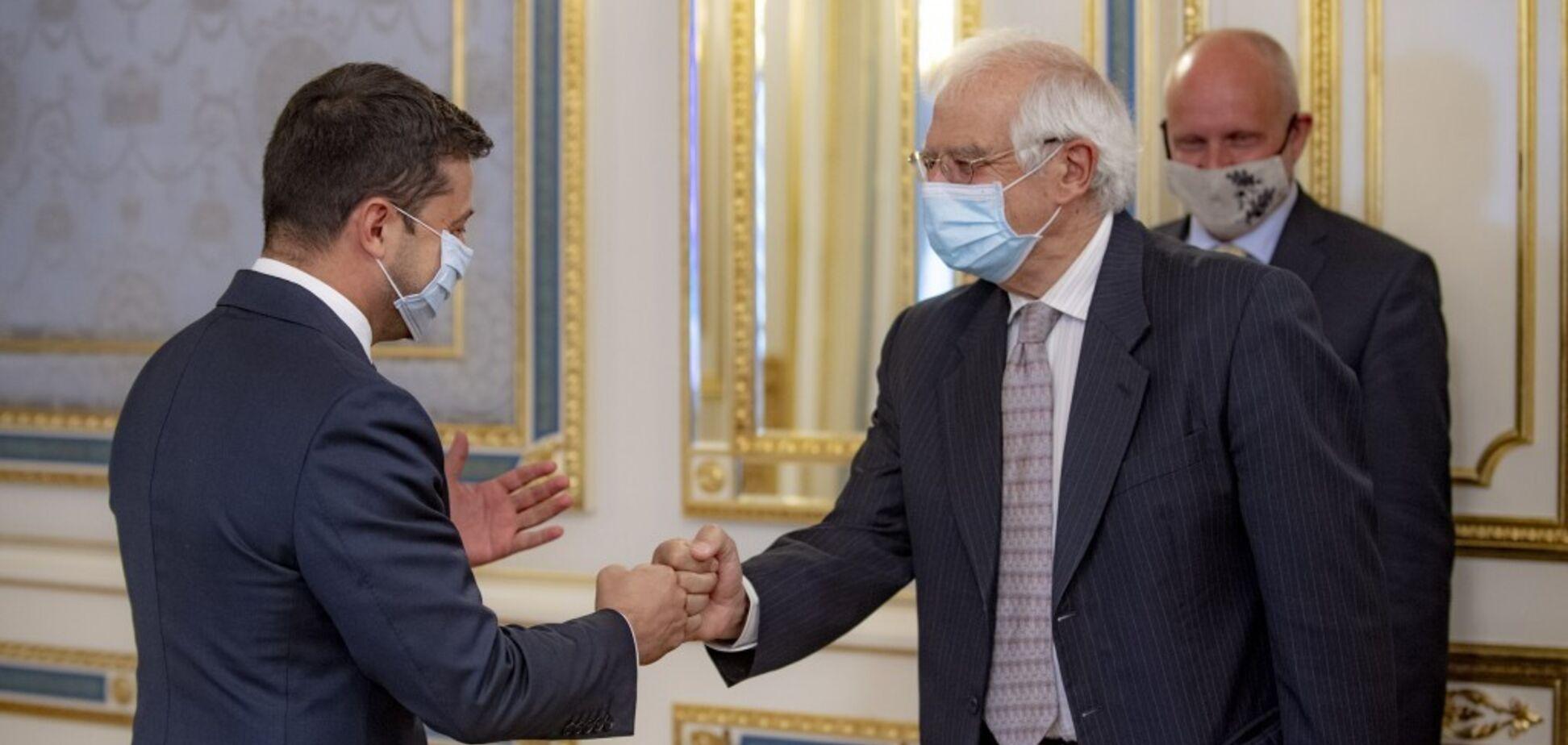 Зеленский и Боррель обсудили ситуацию на Донбассе