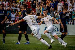 'Колос' празднует гол в ворота 'Черноморца'