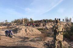 На Ривненщине 'черные копатели' янтаря устроили разборки с СБУ