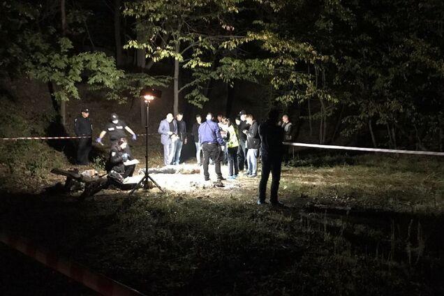 В Киеве зверски убили мужчину: шею пробили ножницами и обмотали ремнем