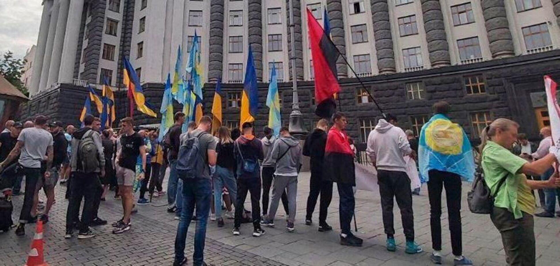 Пикет студентов Олимпийского колледжа под Кабмином