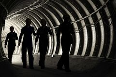 В Кривом Роге часть шахтеров прекратила подземный протест