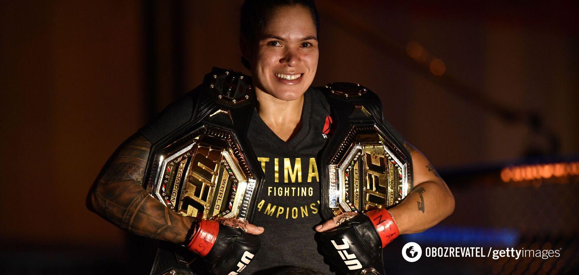 У чемпионки UFC и ее жены родился ребенок. Фотофакт