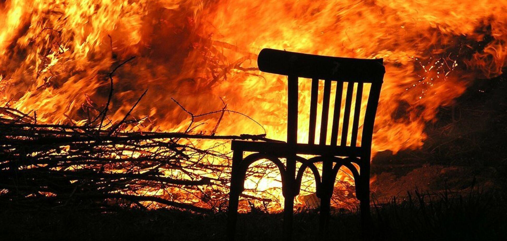 У Дніпрі під час пожежі у власній квартирі загинув чоловік