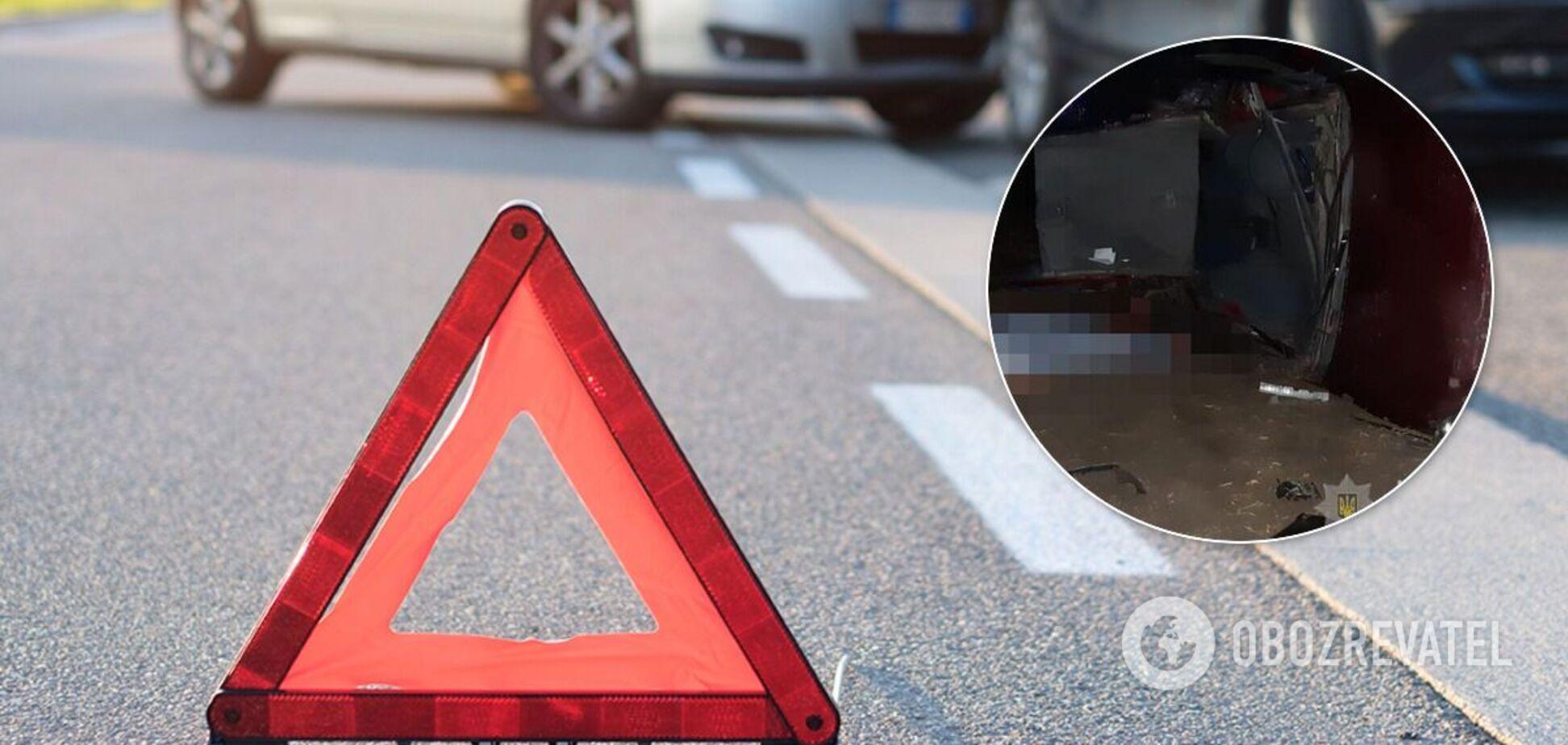 Под Запорожьем 15-летний водитель попал в ДТП: погибли три человека. Фото