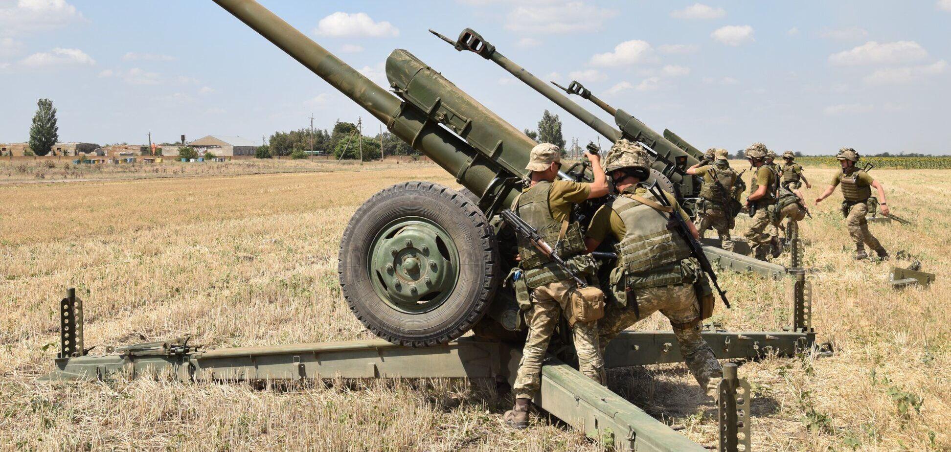 Стрільби гаубичної артилерії ЗСУ на півдні України