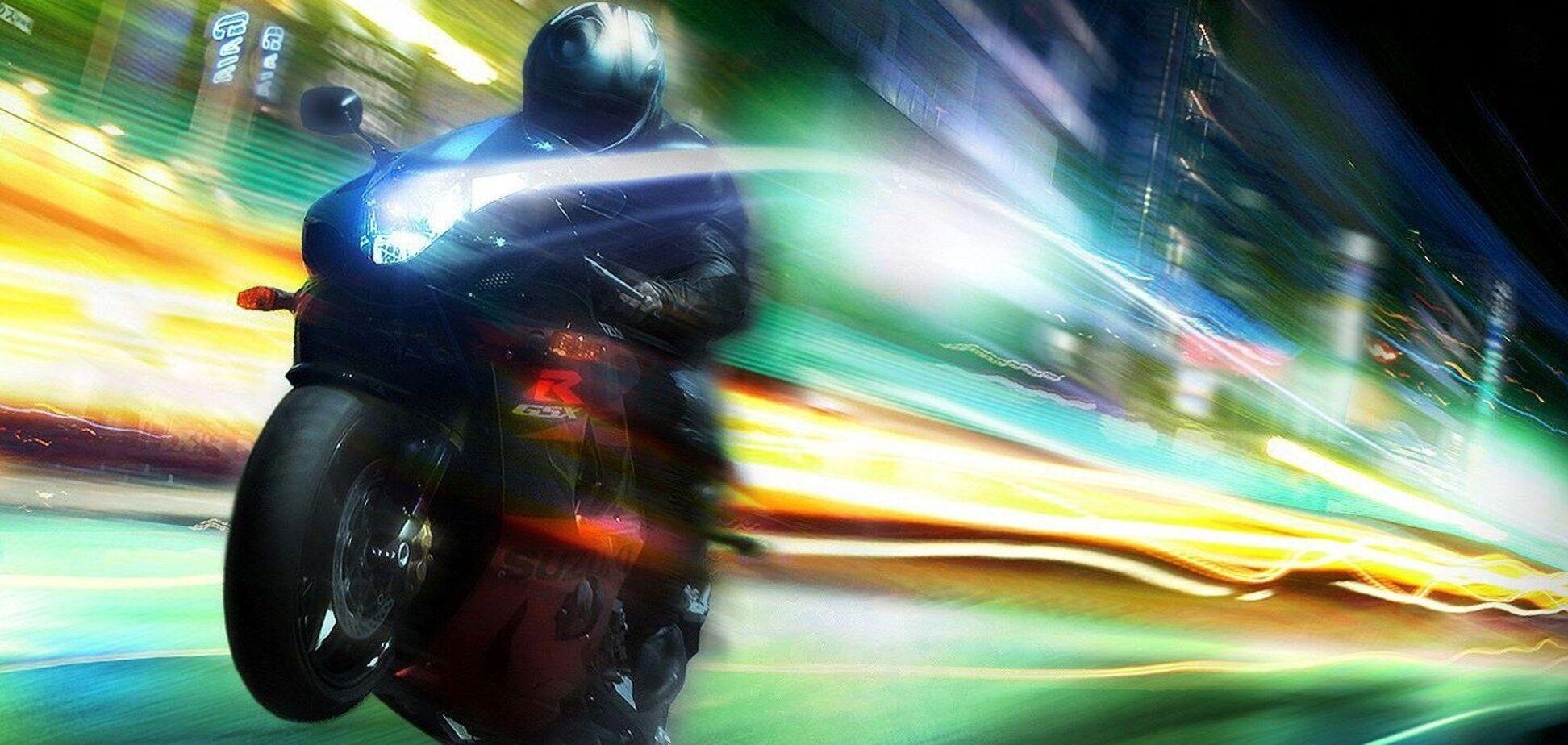 Під Дніпром мотоцикліст влетів в авто, втікаючи від поліції: є загиблий