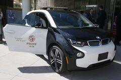 Полицейские BMW i3 продают в США с большой скидкой. Фото: bimmerlife.com