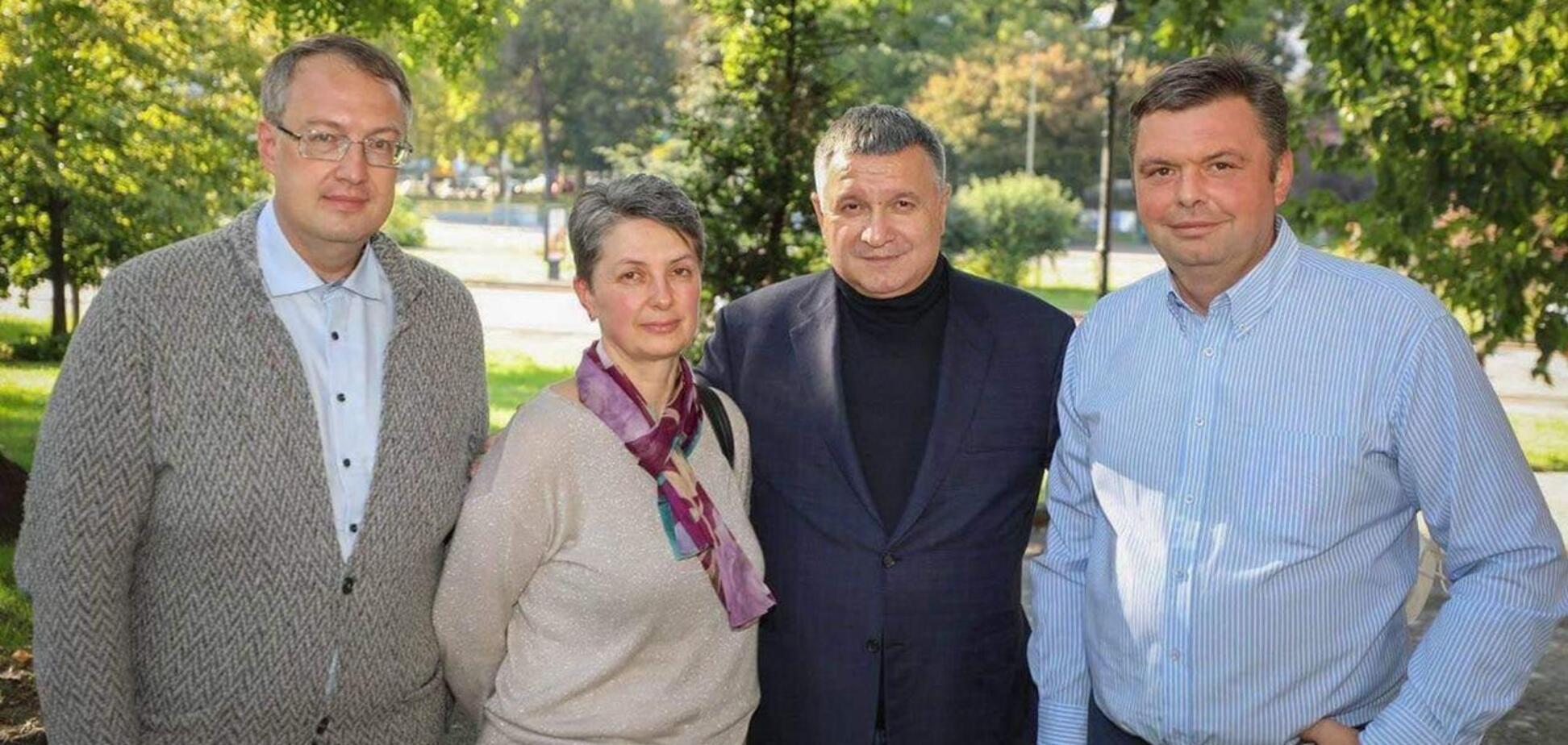 Аваков, Геращенко, мати Марківа – Оксана Максимчук-Марків і український волонтер Олесь Городецький