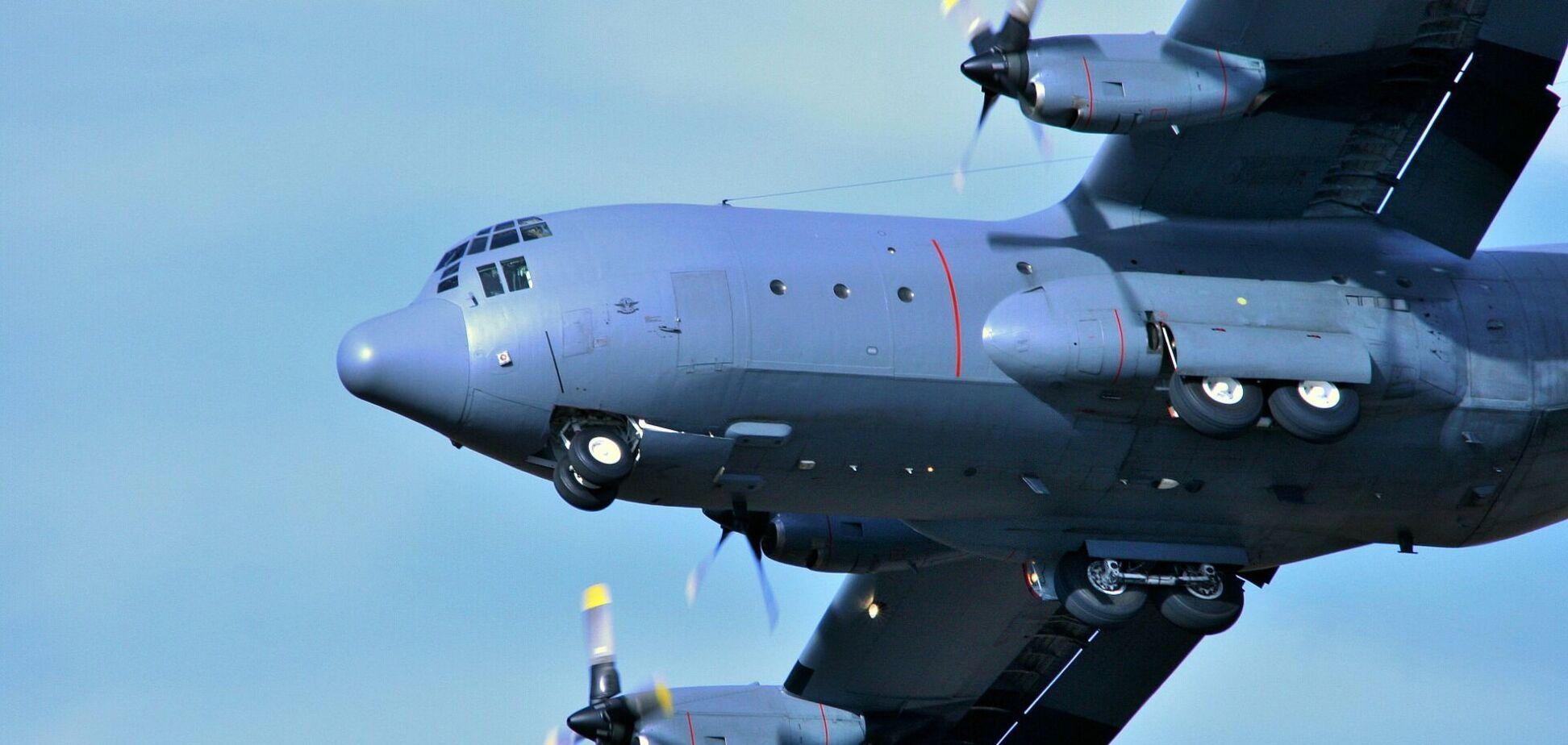 C-130 Hercules аварийно сел в Одессе