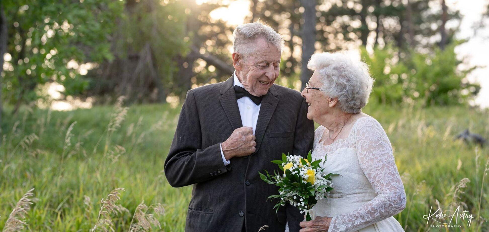 60-річчя шлюбу Люсіль і Марвін Стоун відсвяткували фотосесією