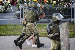 В Минске на акциях протестов задержали 30 человек. Фото: Интерфакс