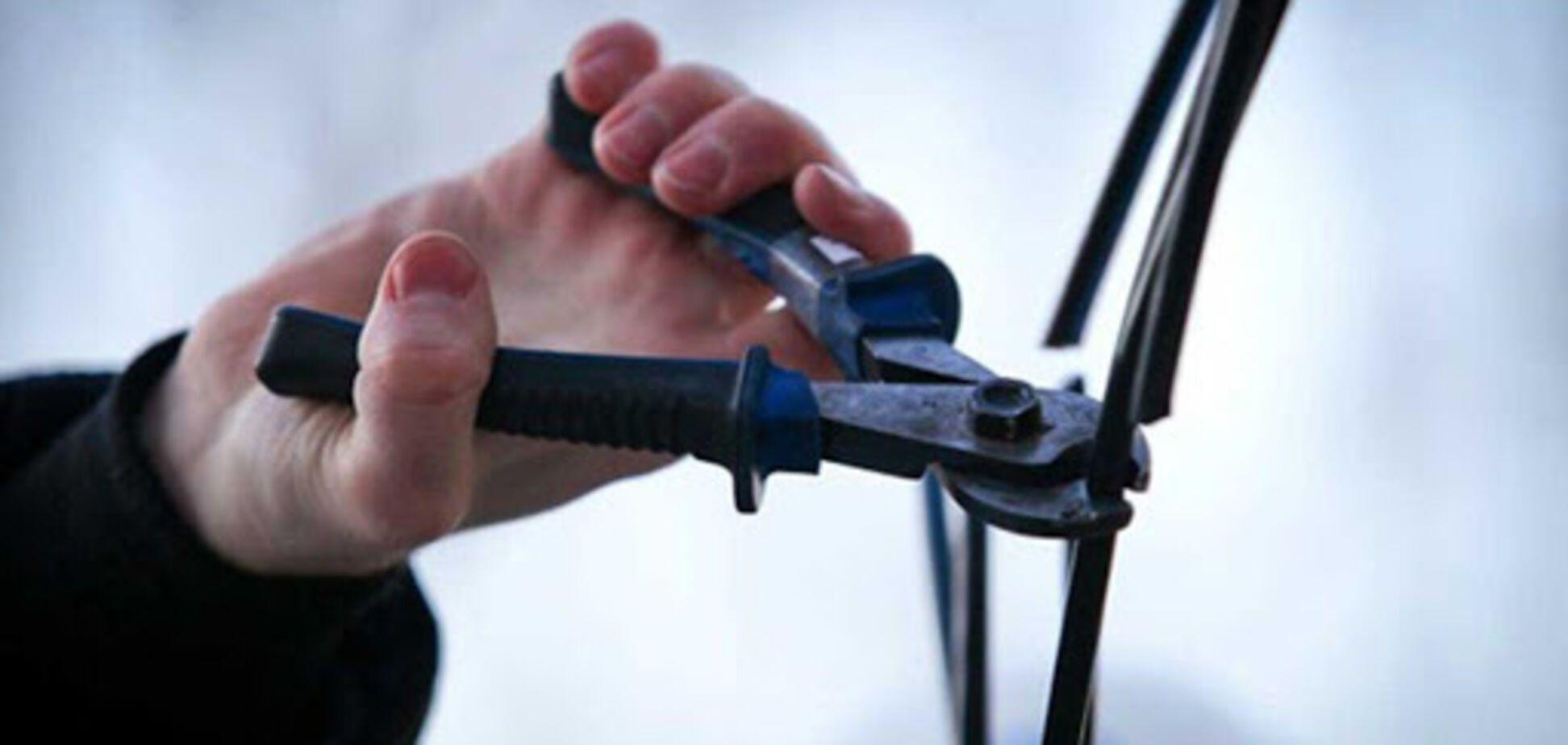 У Дніпрі крадій кабелю зламав поліцейському ключицю під час затримання. Фото
