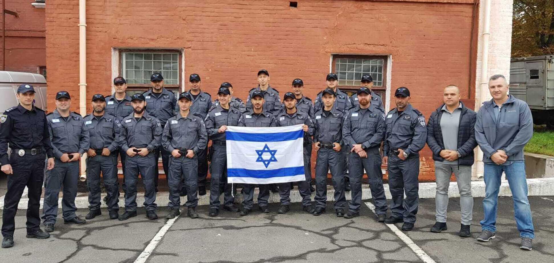 В Умань прилітають ізраїльські поліцейські