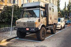 Унікальний Mercedes Unimog знайшли в центрі Києва. Фото: Instagram @ topcars_u.a