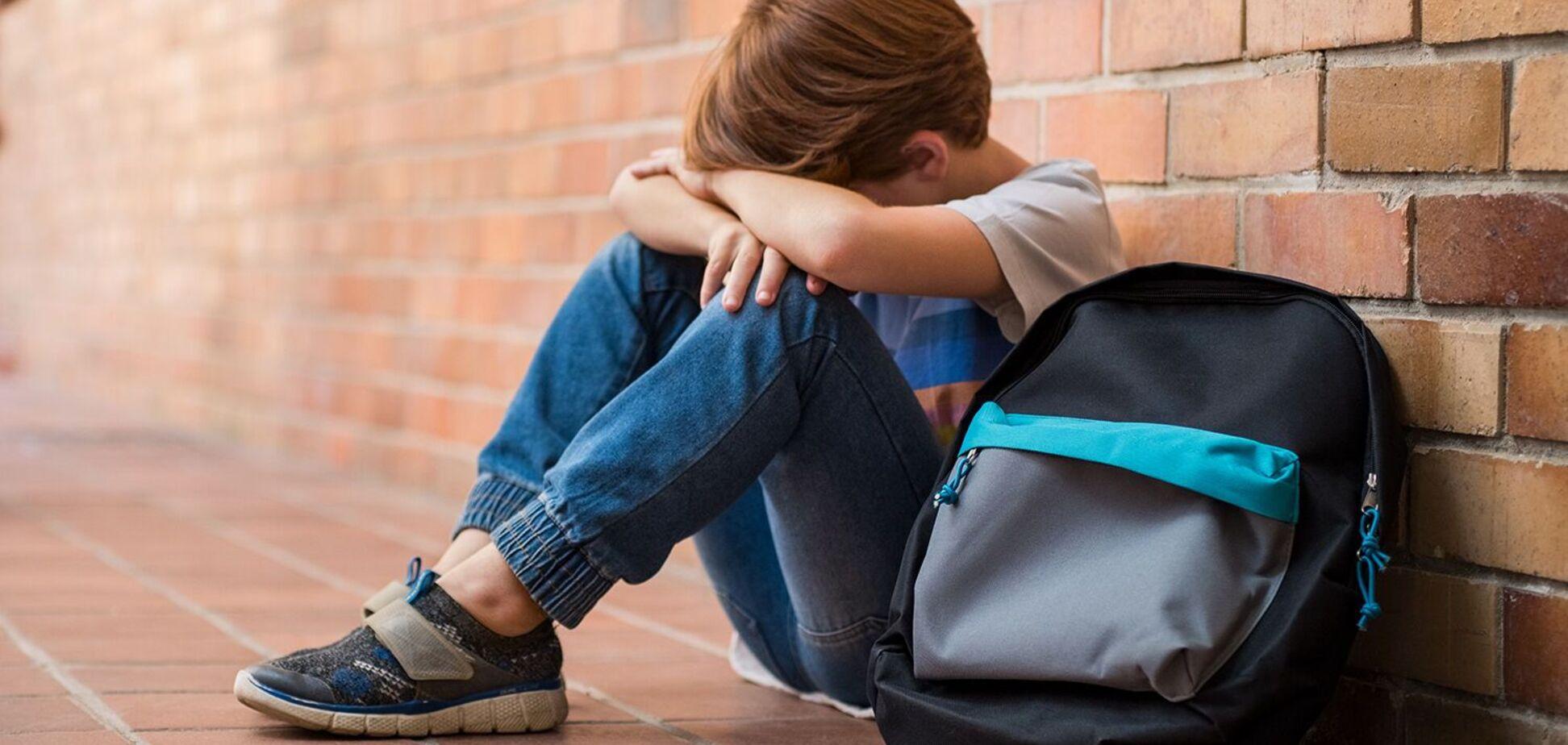 У Дніпрі підлітки побили дитину з інвалідністю на очах у натовпу: всі подробиці скандалу