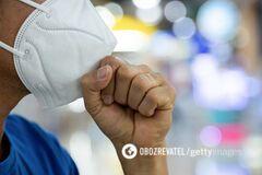 Мужчины и пожилые люди тяжелее переносят коронавирус