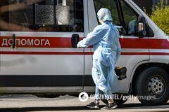 На Тернопольщине коллапс с COVID-19: скорые часами ждут госпитализации пациентов