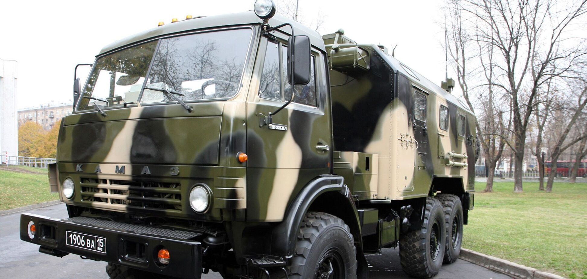 ОБСЄ зафіксувала військові вантажівки біля кордону з РФ