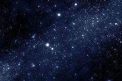 Телескоп Hubble сумел сделать фантастическое фото скопления разноцветных звезд