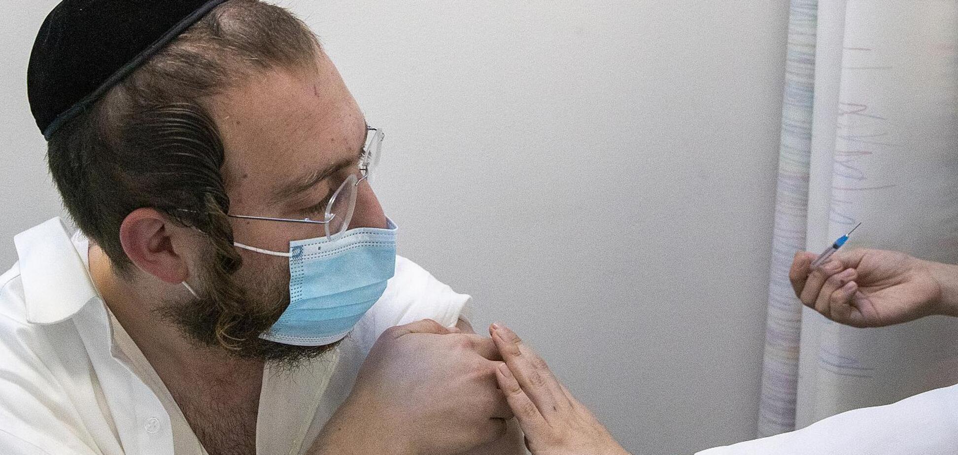 В Израиле завершат вакцинацию до конца марта